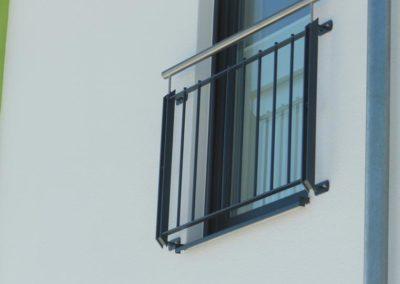 französischer Balkon, feuerverzinkt pulverbeschichtet mit Edelstahlhandlauf