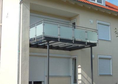 Stahl-Balkon